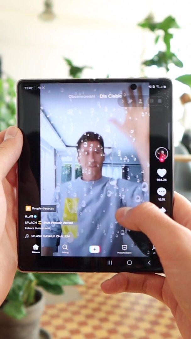 Samsung Galaxy Fold 2 ekran wewnętrzny