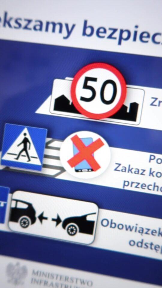 Zakaz używania telefonu na przejściach dla pieszych