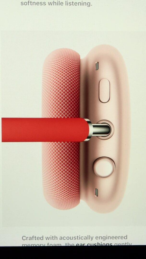 AirPods Max redukcja szumów przycisk