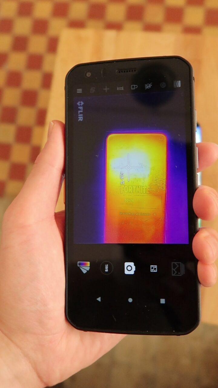 Xiaomi Mi 11 nagrzewanie