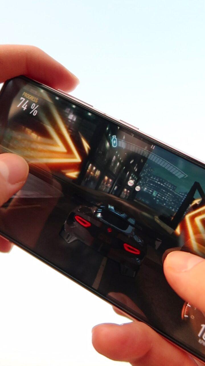 Samsung Galaxy S21 gry