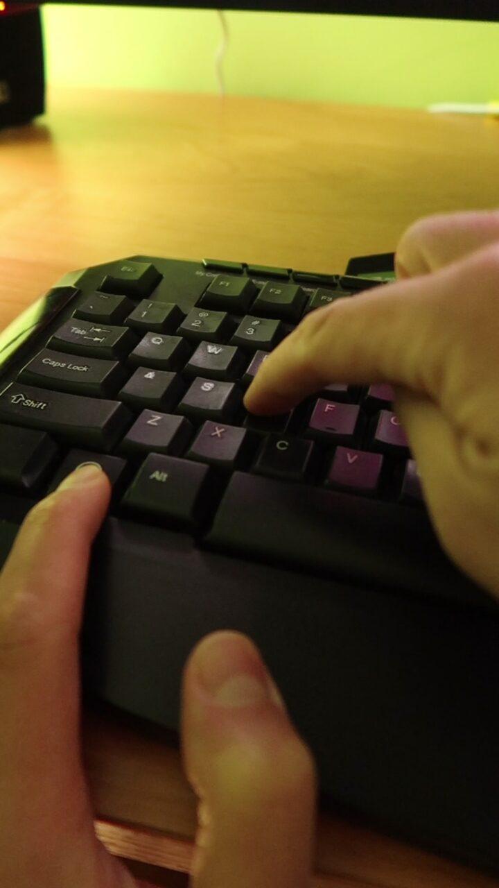 Pokaż pulpit skrót klawiszowy
