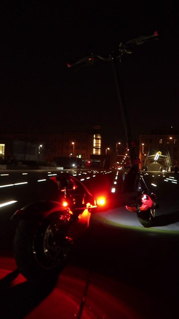 Motus 10 pro sport oświetlenie