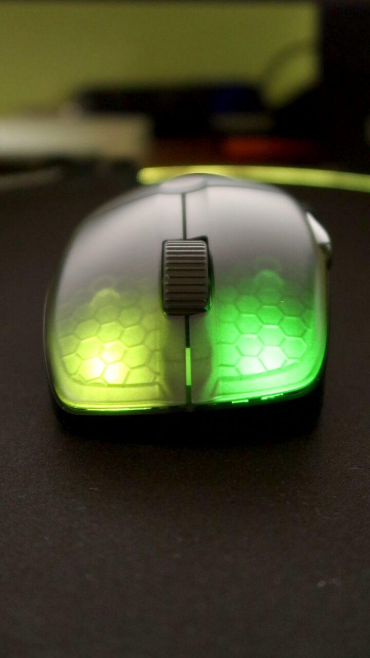 Roccat KOne Pro Air podświetlane przyciski