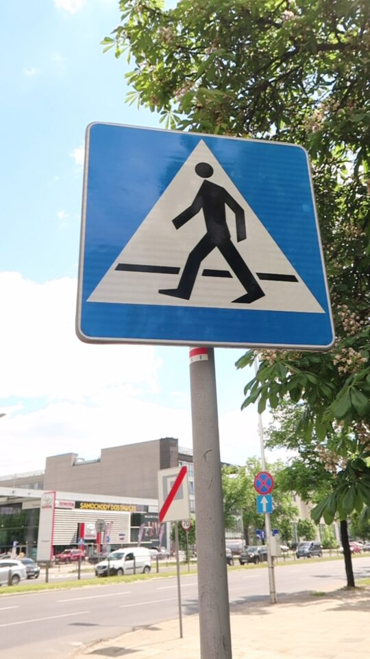 mandat telefon przejscie dla pieszych