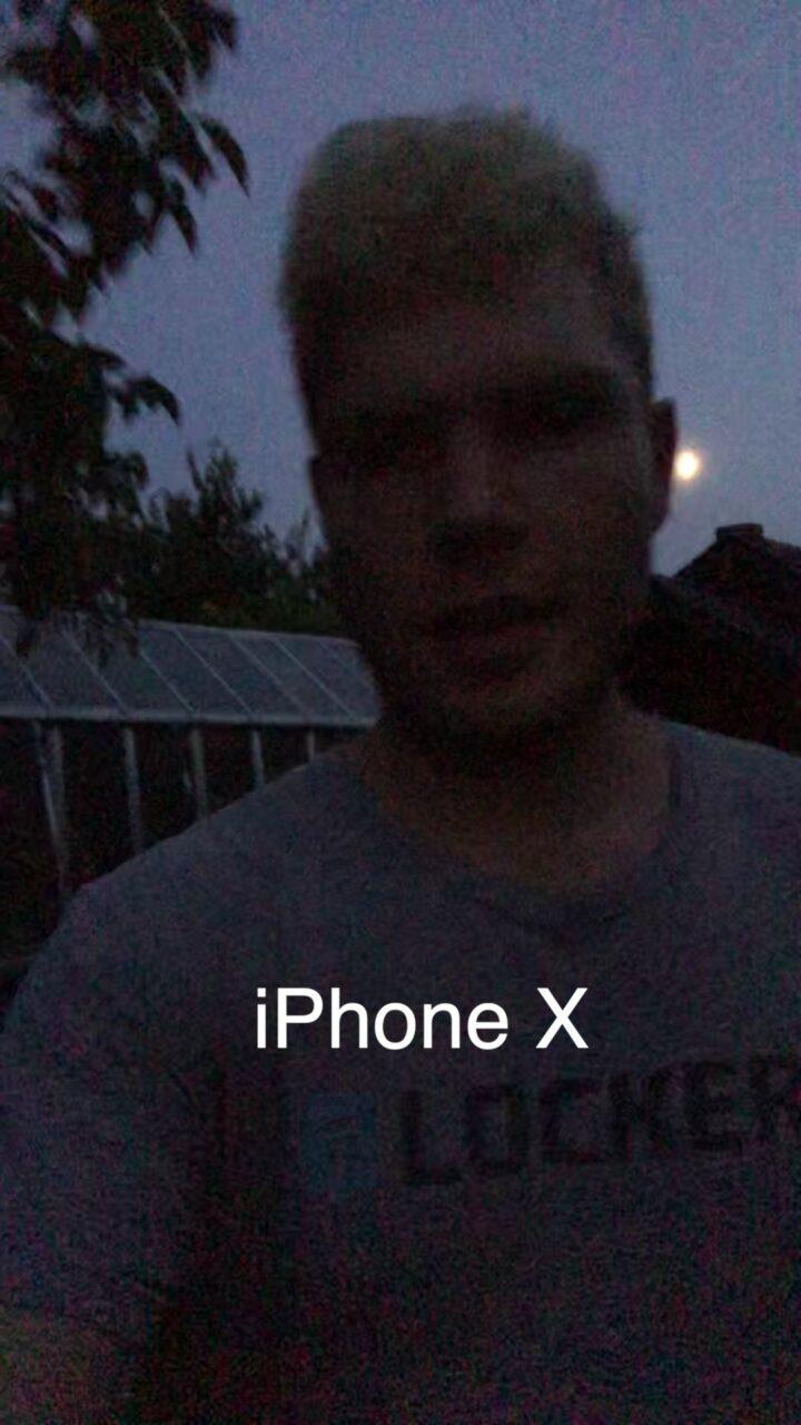 vivo V21 5g porównanie zdjęć nocnych z iPhone X