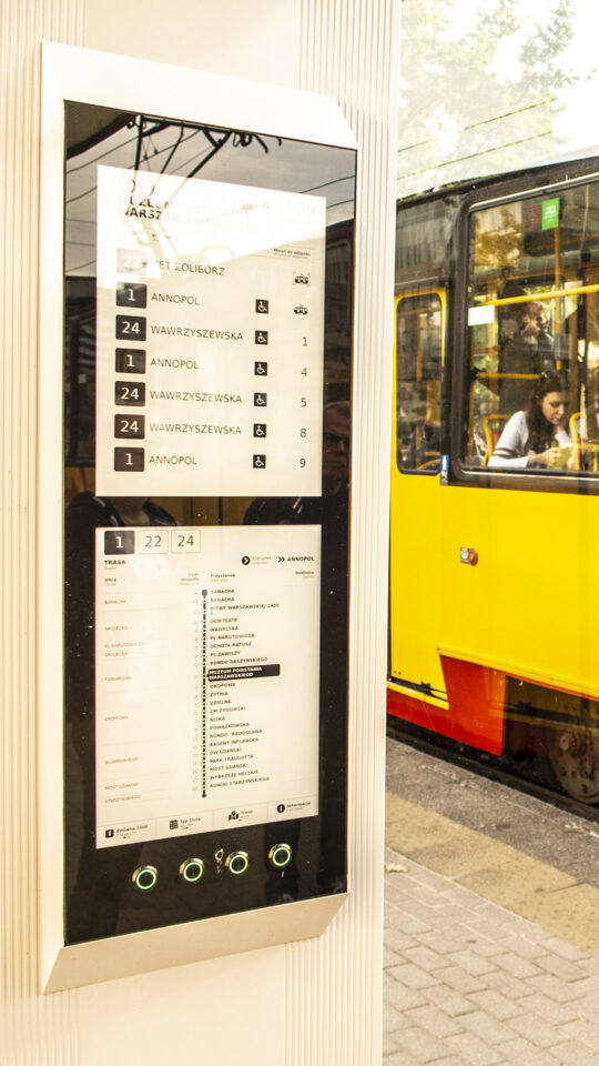epapier przystanek tramwajowy warszawa